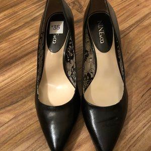 Black heels by NINE&co